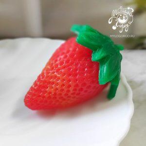 форма для мыла клубника